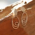 opus 5  Ohrstecker oval aus gewalztem Silberdraht, Länge ca. 45 mm, 49,- €