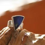 reprise12  Ring aus Silber gehämmert mit Boulderopal, Gr. 59, 155,- €